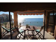 Квартира с 3 спальнями на 1 линии Playa del Cura с панорамным видом на море