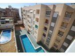 Красивая квартира с 3 спальнями в комплексе с бассейном в 500  м от моря