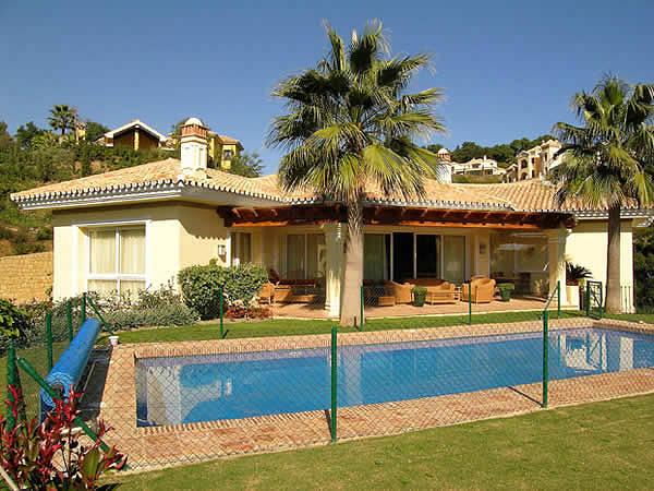 Виллы и коттеджи дома в испании