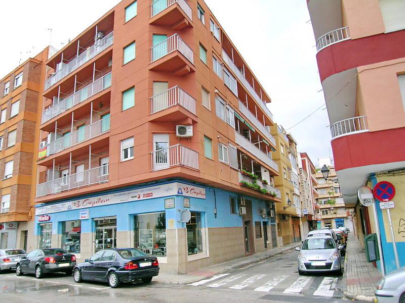 2df9f1e8a9c9 Продажа   PLA-4598   Хорошая трехкомнатная квартира расположенного в центре  города и в нескольких минутах ходьбы от центра города Дения комплексе