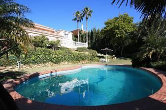 Spacious detached Villa directly overlooking Mijas Golf