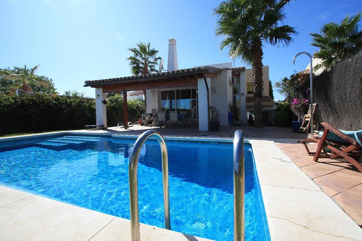 Стоимость недвижимости испании