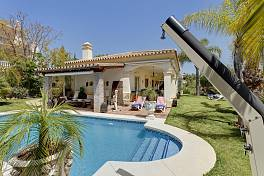 Detached villa in Nueva Andalucia  with mature gardens, heated salt water pool