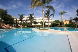 Terrazas del Rodeo - 3 bedroom second floor apartment  in a modern Development within walking distance of Puerto Banus