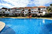 2 bedroom apartment  in the well known urbanisation of Coto Real II