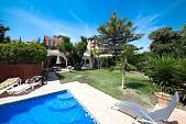 Beachside Villa in El Paraiso, Estepona