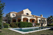 La Quinta Golf - Substantial family villa in a gated community with views over the golf and down the valley to the coastline and sea