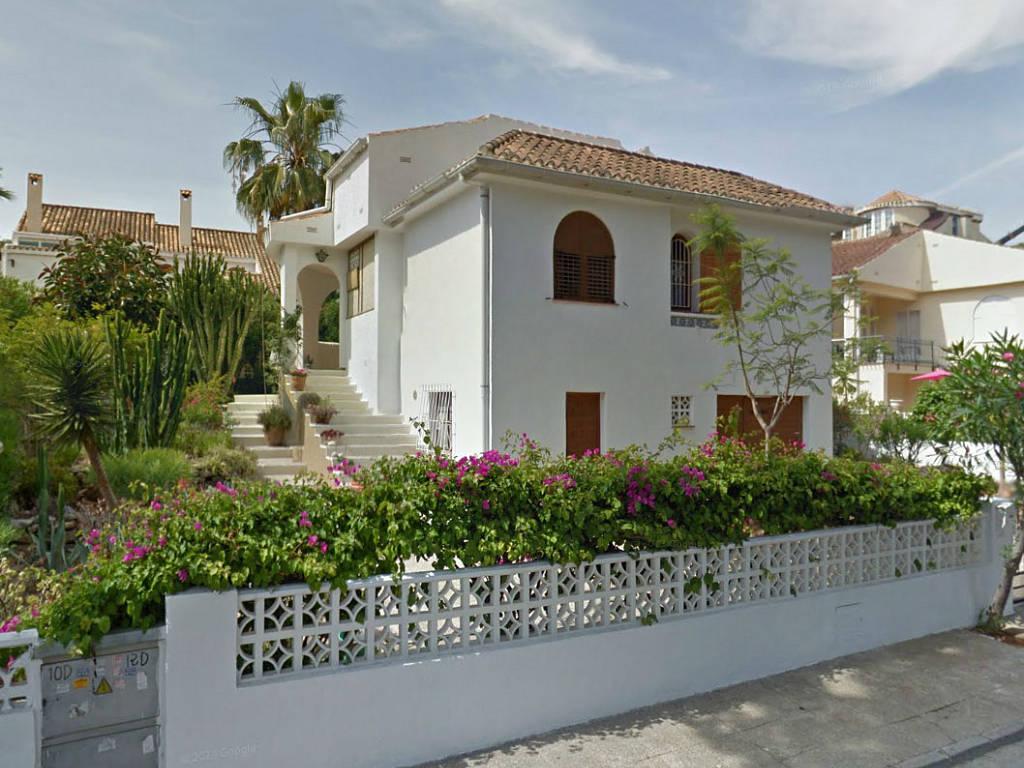 Квартира с землей в испании