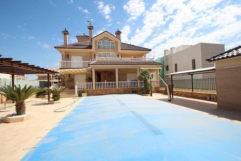 Недвижимость в испании в гвардамар