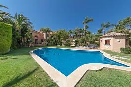 Large detached luxury villa standing on a triple plot with wonderful views to the sea and the Marbella coastline, Hacienda Las Chapas