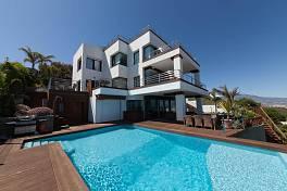 Newly built prestigious contemporary villa with panoramic sea views La Paloma de Manilva