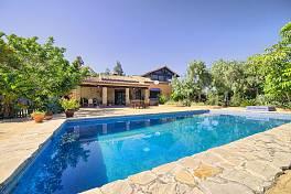 Wonderful rustic style family villa / finca in Puerta de Los Reales with panoramic views, Estepona