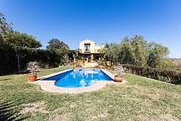 Charming rustic style villa in a quiet residential area within a short drive from Estepona, Marbella, Puerto Banus, Selwo, Estepona