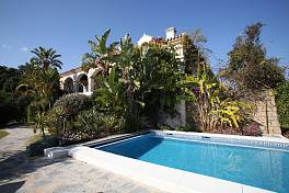 Lovely character home which was built in 2001/2002 with high quality materials to a design that is influenced by the lifestyle Monte Mayor, Benahavis