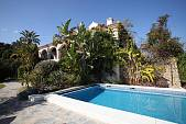 Single storey Villa close to the centre of La Campana in an attractive plot of 400m2, Marbella
