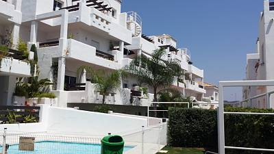 Lovely 2 bedroom 2 bathroom apartment for sale in Valle Romano, Estepona