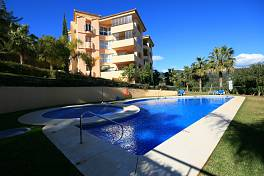 Very Spacious 3 bedroom apartment with panoramic views over Santa Maria Golf and within easy reach of all the facilities and beaches, Elviria, Marbella