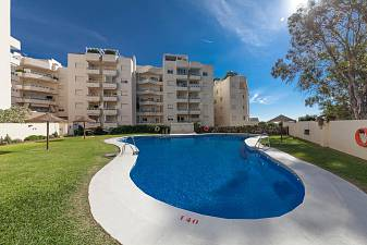 Cosy Ground floor 2 bedroom Las Chapas Playa, Marbella