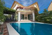 Detached villa with 5 en suite bedrooms situated just a very short distance from the beach at Guadalmina Baja, Marbella