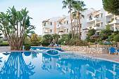 Attractive 1 and 2 bedroom apartments in a front line golf location and a short distance from the beach, Mijas Golf, Mijas Costa