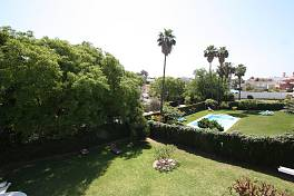 Charming and bright townhouse ideal for long term rent in Nueva Andalucia, Marbella