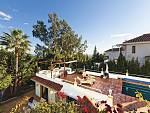 Spacious Family villa east facing and situated on an approximately 1,558 m? plot with sea views in Nueva Andalucia, Marbella