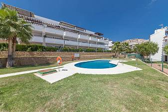 Ground floor 2 bedroom apartment with good sized terrace and private west facing garden area Riviera Park, Riviera