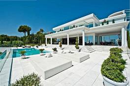 Luxury villa with probably the best coastal views in Marbella - Available to rent on a week by week basis and perfect for functions or a luxurious holiday