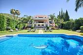 Impressive 7-bed quality villa located on one of the best spots in Marbella with beautiful views, Marbella