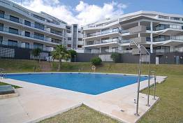 Great value 2 bedroom penthouse apartment at Hollywood Hill on the edge of Calahonda,  Mijas Costa