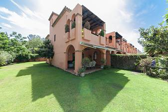 Lovely 3 bedroom тownhouse in Hoyo 5, Guadalmina Baja a well maintained gated community of townhouses, Marbella