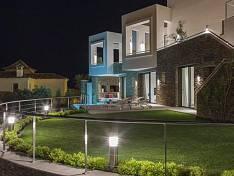 Contemporary villa with fantastic panoramic views