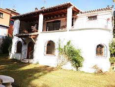 Single storey Villa close to the centre of La Campana in an attractive plot of 400m2, Marbella