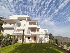 Brand new luxury Marbella apartments reduced to a 40%, walking distance to restaurants, schools and sport centers