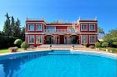 Classical style home within a gated complex of villas just a walking distance to Puerto Banus and all amenities