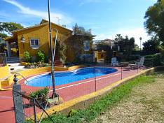 Nice villa  situated just a few minute driving from Marbella centre and the beach